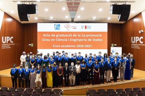 Testimoni gràfic de l'acte de graduació de la 1a promoció del GCED 2021